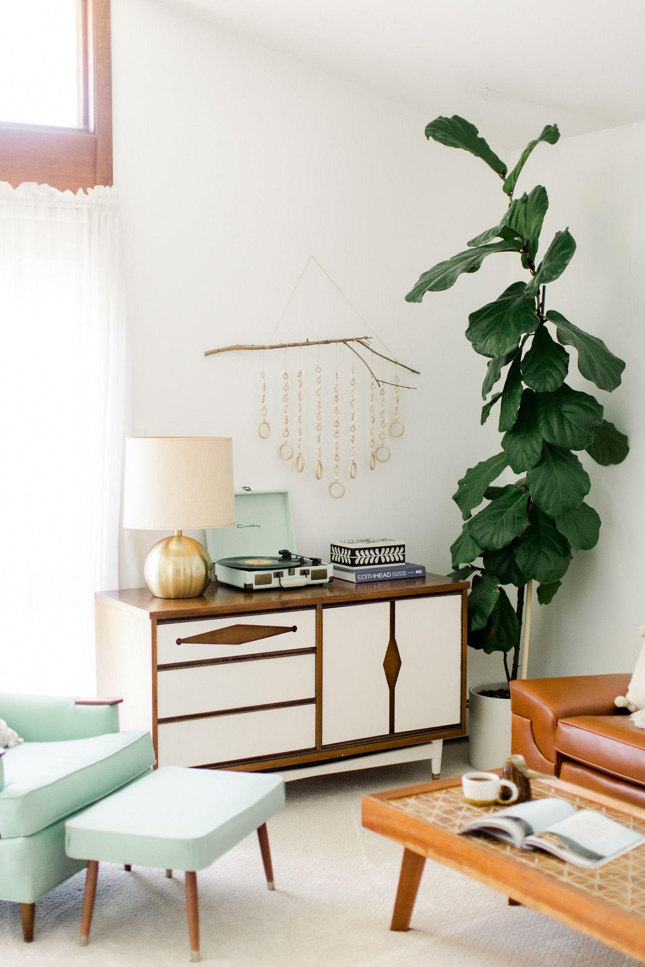 Carrie Waller Dream Green DIY Blogger Retro Virginia Home images