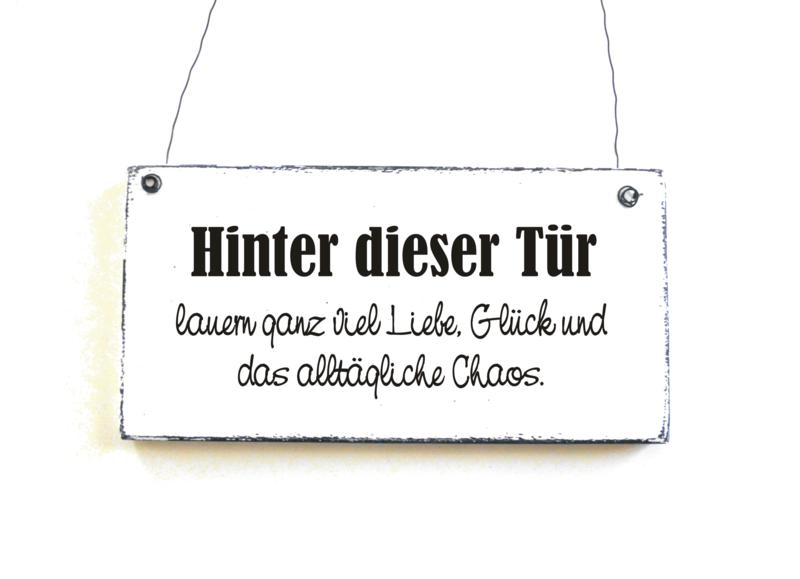Türschild+HINTER+DIESER+TÜR+Holzschild+Dekoschild++von+DöRPKIND+auf+DaWanda.com