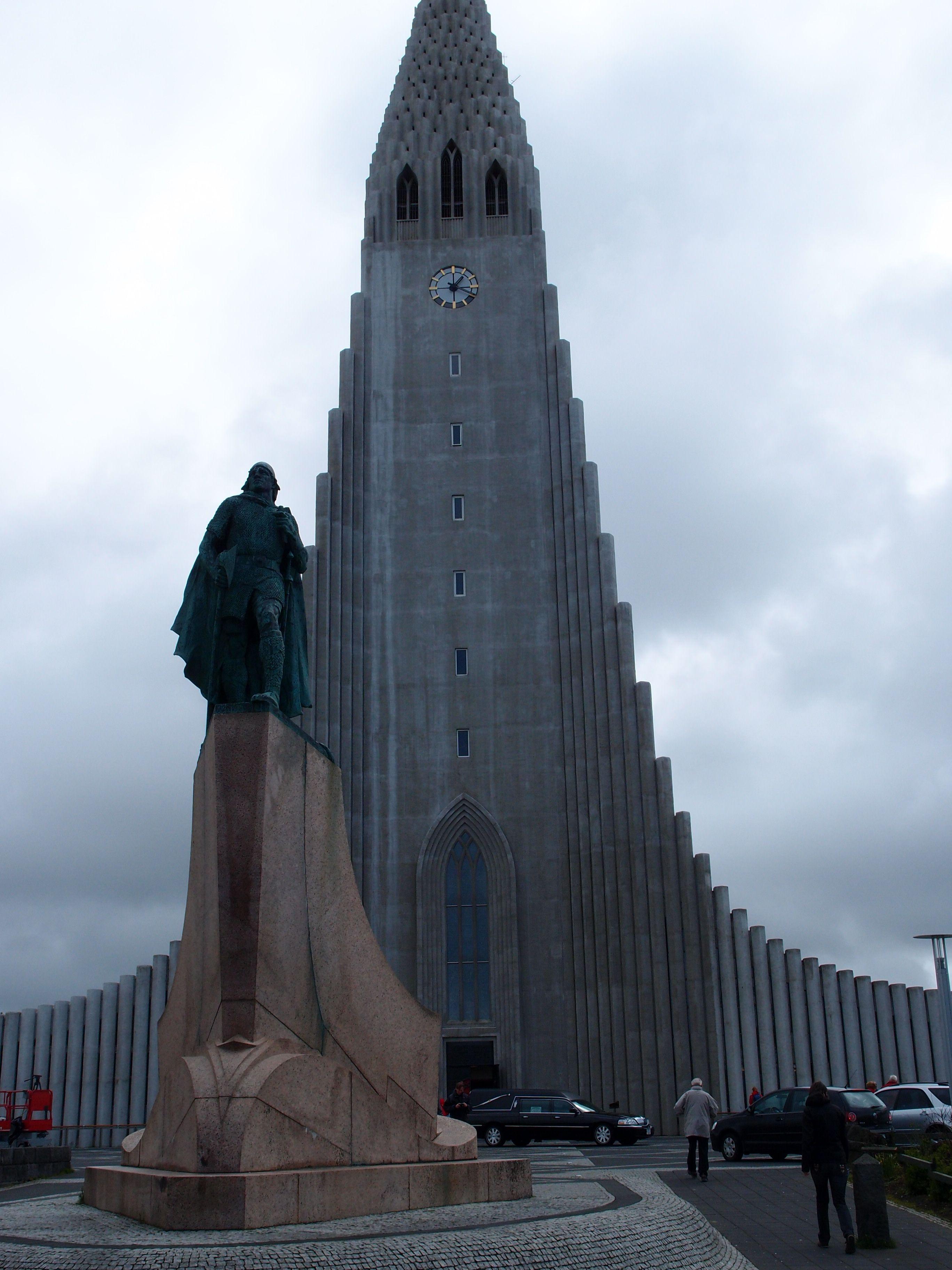 Lief Erickson Statue In Reykjavik
