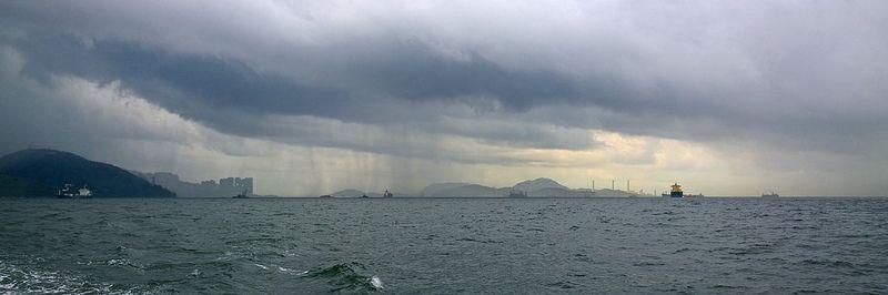 Lamma island, raining, Nokia1020 full resolution