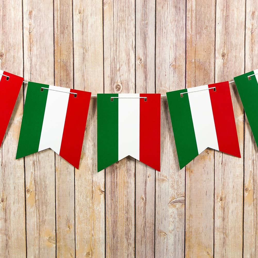 MEXICAN FIESTA PENNANT BUNTING 12 FOOT LONG WITH 12 FLAGS RED WHITE GREEN MEXICO