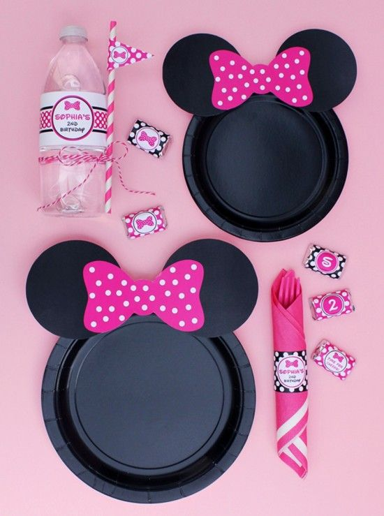The best mickey and minnie party food ideas minnie mouse party minnie mouse party plate bows free printables maxwellsz