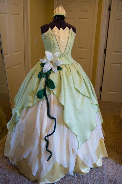 Happily Grim Disney Dress Tutorials For Not So Grownups Dress Tutorials Disney Dresses Tiana Dress