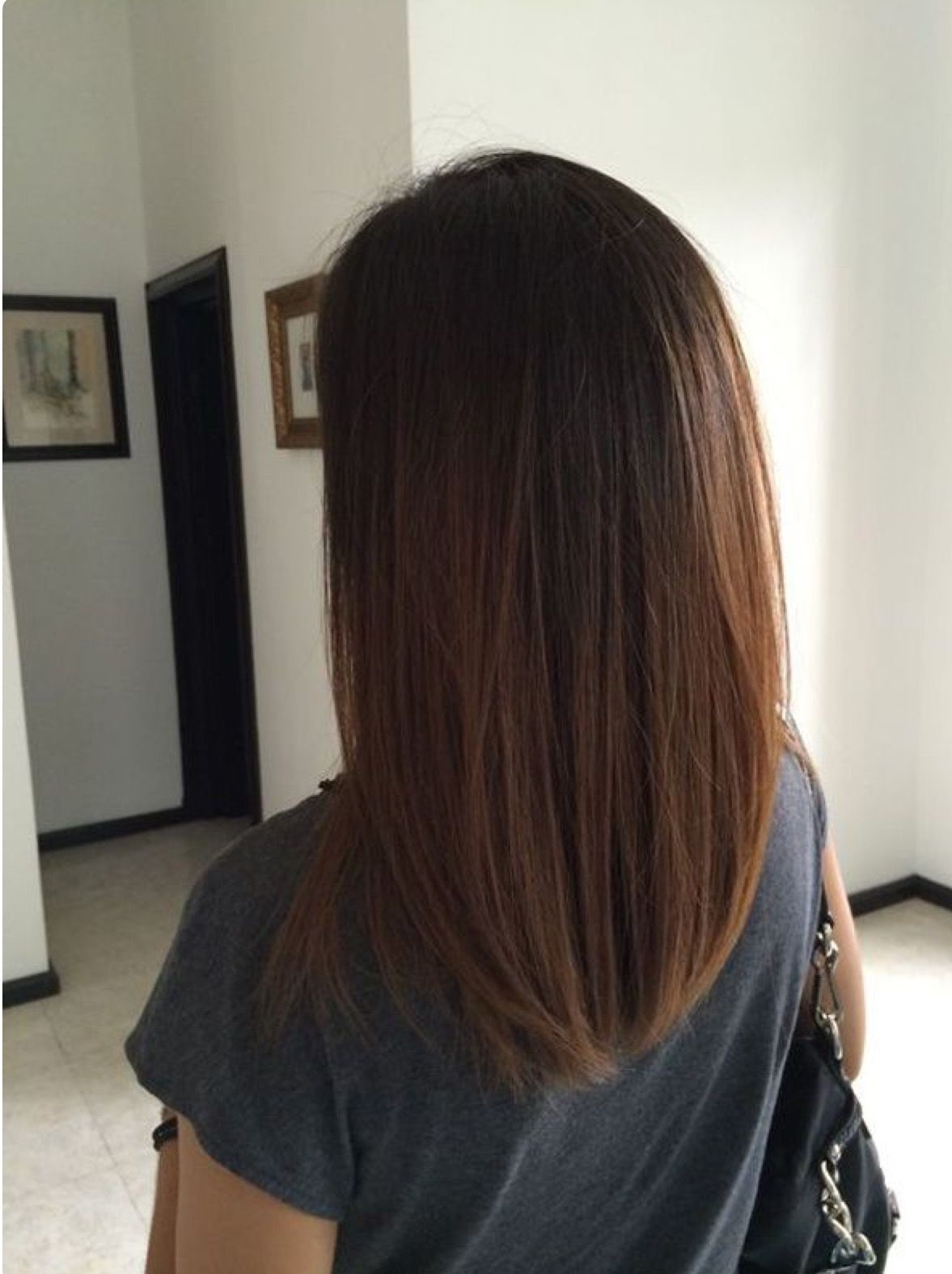 Pin By Curtis Castleberry On One Length Above Below And Forward One Length Hair Hair Styles One Length Haircuts