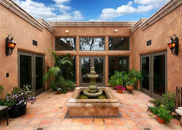 Spanish style courtyard with fountain fountains water - Spanish style water fountains ...