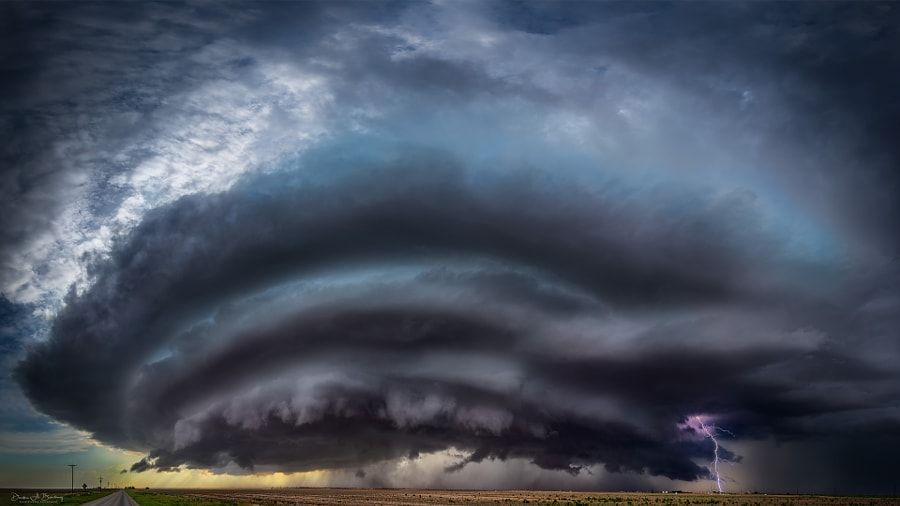 Amazing Supercell With Lightening by Derek Burdeny #xemtvhay