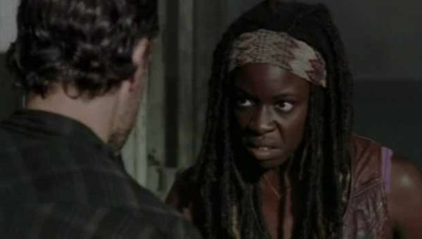 "Another New Clip from The Walking Dead S3E7 ""When The Dead Come Knocking"" on http://www.shockya.com/news"