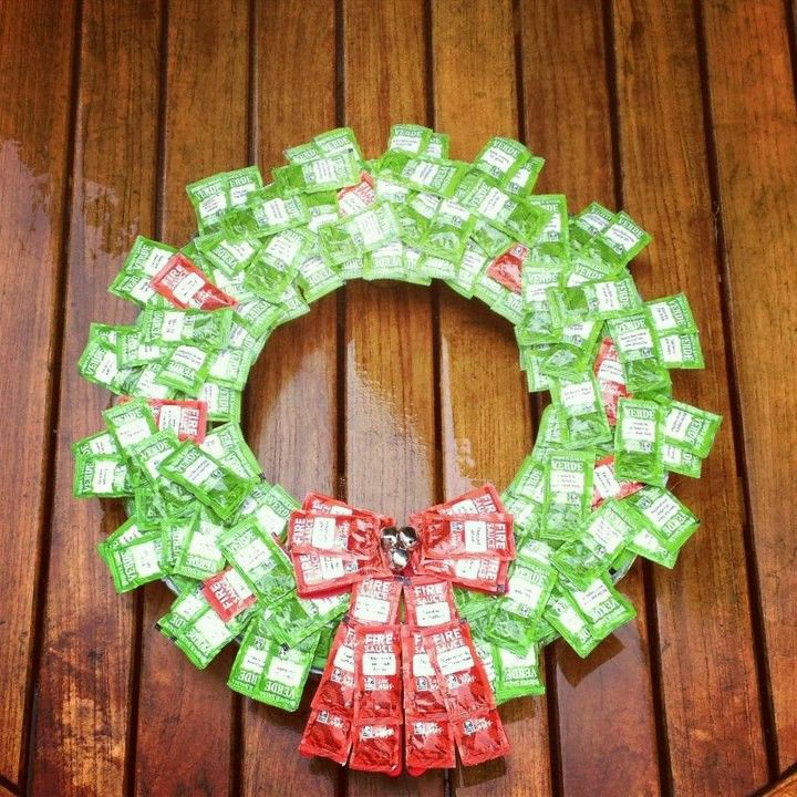 Is Taco Bell Open On Christmas.Taco Bell Wreath In Arizona Coooll Christmas