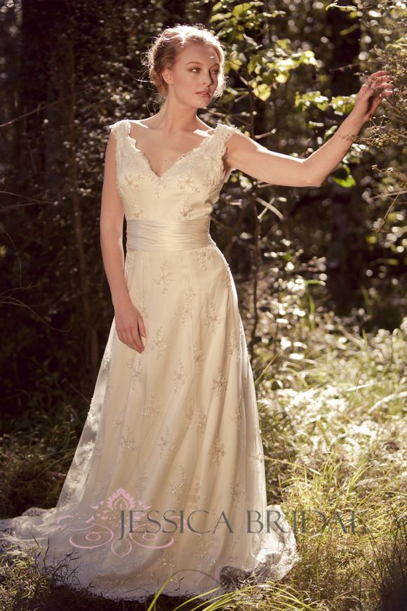 Francesca lace gown by Jessica Bridal (New Zealand) Lace