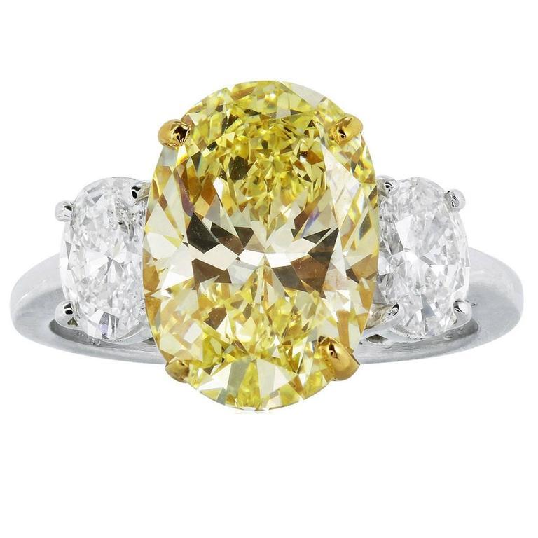 4 55 Carat Gia Cert Oval Shaped Canary Diamond Gold Platinum 3 Stone Ring Canary Diamond Stone Rings Diamond