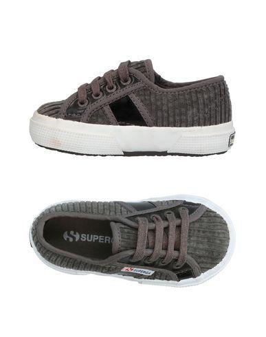 SUPERGA® Boy's' Low-tops & sneakers Lead 6.5C US
