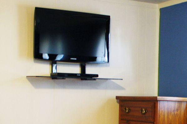 wall mount tv in the bedroom