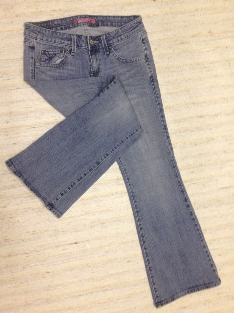 LEVIS 524 SUPERLOW VTG FLARE Sz 7 EMBROIDERED STRETCH JEANS ACTL 30X30 EUC Z17 #Levis #Flare