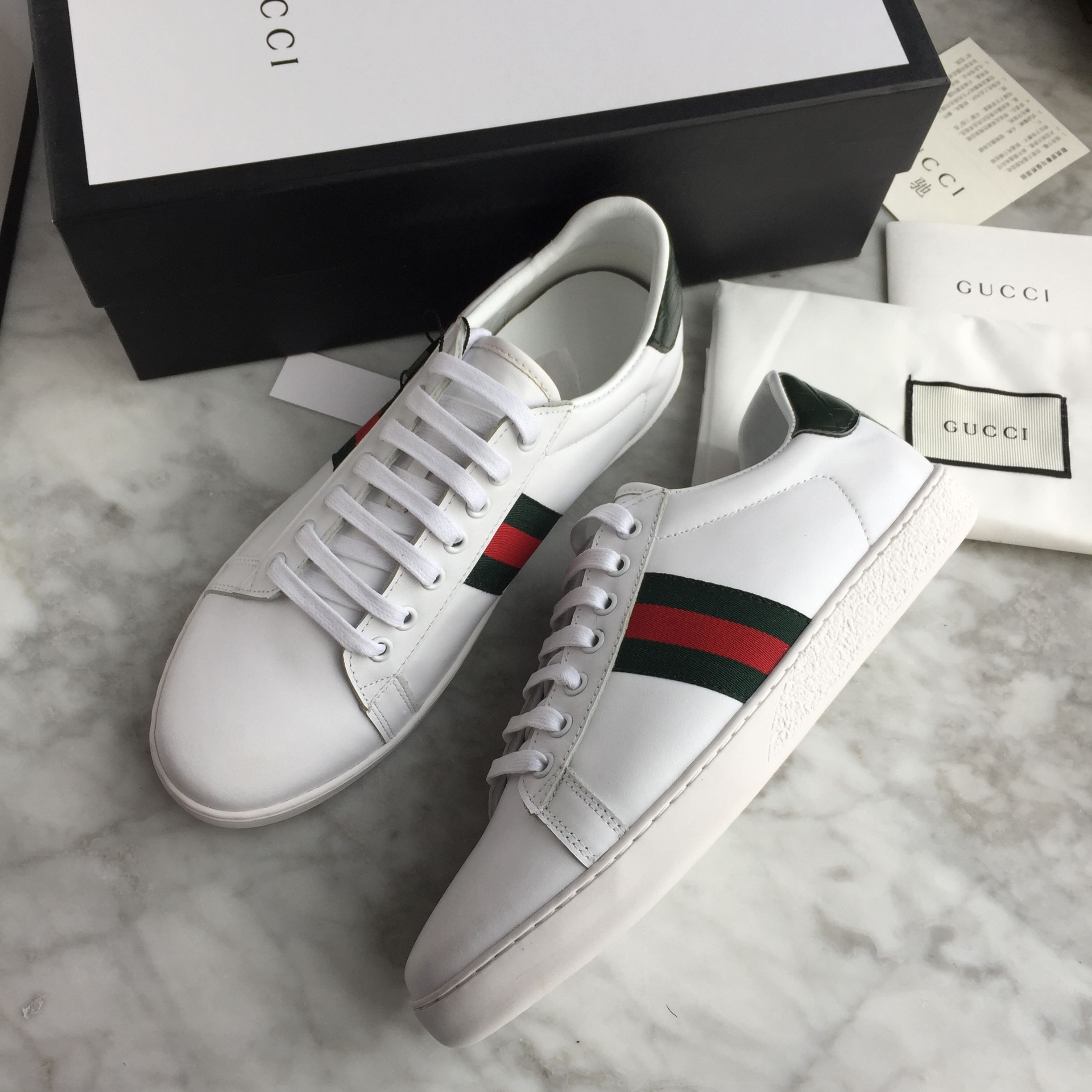 Gucci unisex woman man shoes white sneakers