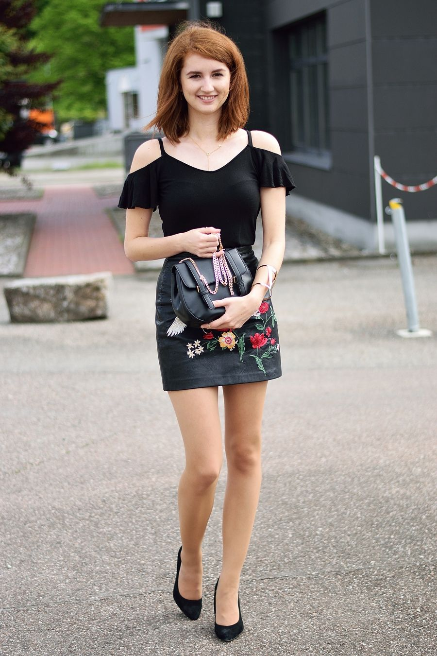 outfit how to rock that embroidered skirt modewahnsinn blogazine pinterest outfit. Black Bedroom Furniture Sets. Home Design Ideas