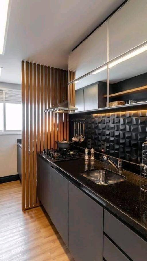 Fitting a Stylish Kitchen on a Tight Budget
