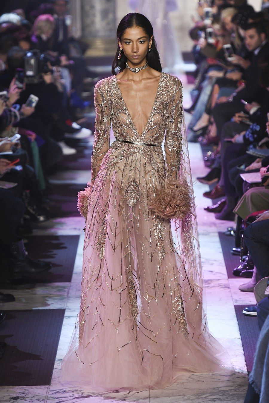 Heiraten in Pink! | Elie saab spring, Couture collection and Couture