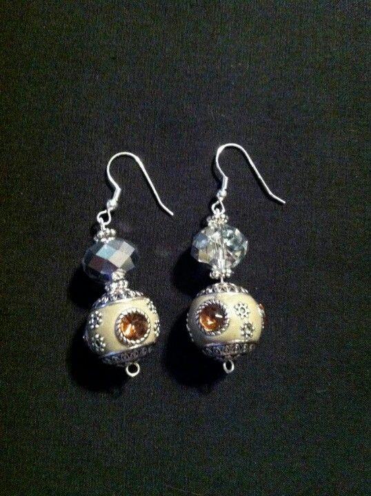 Awesome earrings from Bellaglitter