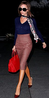 Victoria Beckham is my style idol.  This is the perfect comfy yet sophisticated weekend errands outfit.