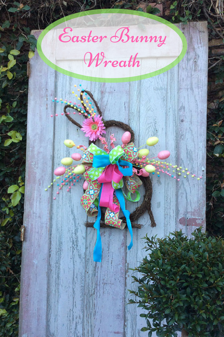 Perfect for Easter & Springtime! Easter Bunny Wreath,Easter door ...