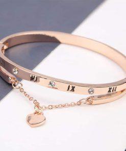 Bracelets: Heart Forever Love Charm Bracelet. #bracelets #diamondbracelets #diamondjewelry #luxuryjewelry