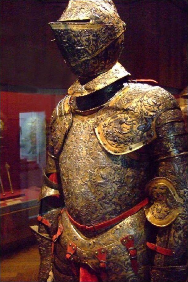 「フランス アンリ2世 鎧」の畫像検索結果   西洋甲冑, 甲冑, 鎧