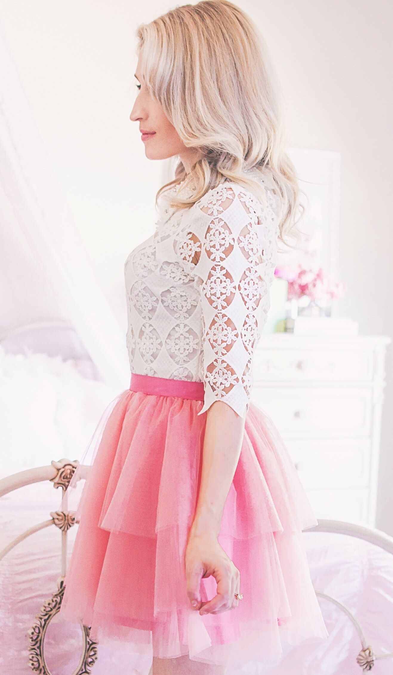 how to dress feminine casual  girly girl outfits girly