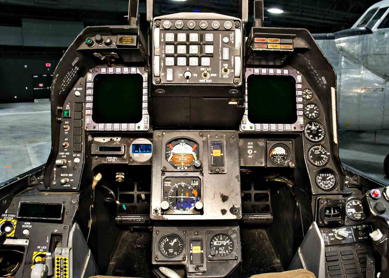Awesome Images Of Fighter Aircraft Cockpits Fighter Aircraft