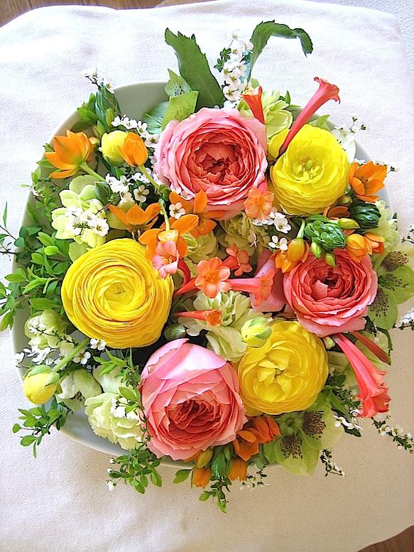 お花のケーキです。 ハンドメイド、手作り、手仕事品の通販・販売・購入ならCreema。