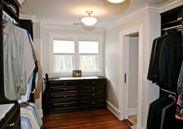 25 Interesting Design Ideas And Advantages Of Walk In Closets Closet Light Fixtures Closet Designs Closet Lighting