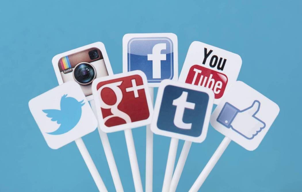 إليكم أشهر 10 مواقع للتواصل الاجتماعي Marketing Strategy Social Media Social Media Marketing Social Media Schedule