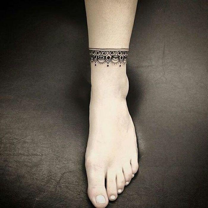 Tatouage bracelet cheville le tattoo la cha ne tatoo tattoo and hennas - Signification bracelet cheville ...
