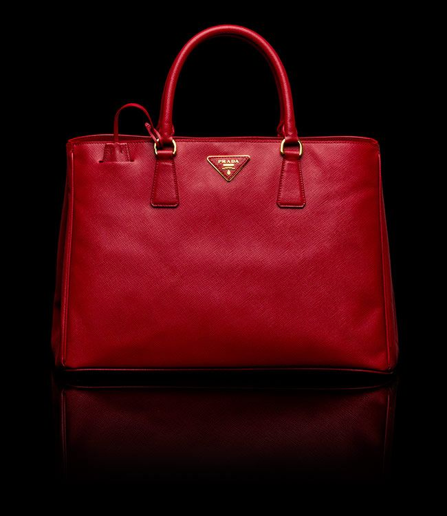 52c27a2fd92 prada red bag   Bags   Prada tote, Bags, Red bags