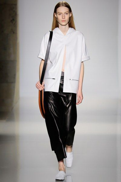 See the complete Victoria Beckham Spring 2016 Ready-to-Wear collection.