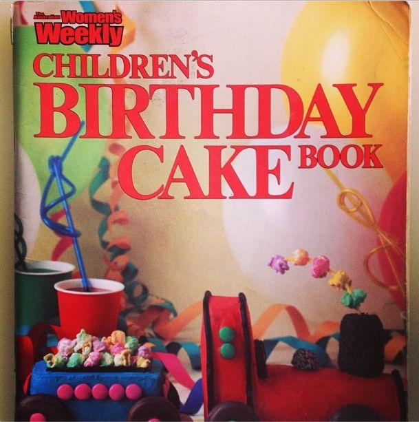 Womens Weekly Childrens Birthday Cake Book Retro Memories