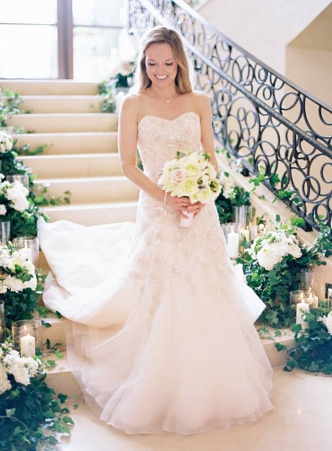 We just can't get enough of Alison & Josh's truly amazing wedding at the Four Seasons Resort Orlando at Walt Disney World Resort! Thank you, Kayla Barker Fine Art Photography, for this breathtaking shot of this sweet bride!