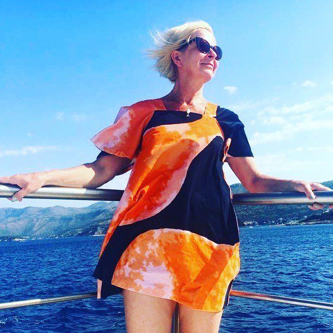 Vaatepuun ihana Ivana Helsinki mekko lähti matkassani Kroatiaan ja pääsi kruisailemaan saarille. Katse kohti tulevaisuutta! Kiitos #vaatepuu #ivanahelsinki @vaatepuu @ivanahelsinki #futuremarja #kesäloma #holiday #cruisingincroatia #croatia #sipanisland #lopud #lopudisland #instagramcroatia #visitcroatia #zatonmali #zatonbeach