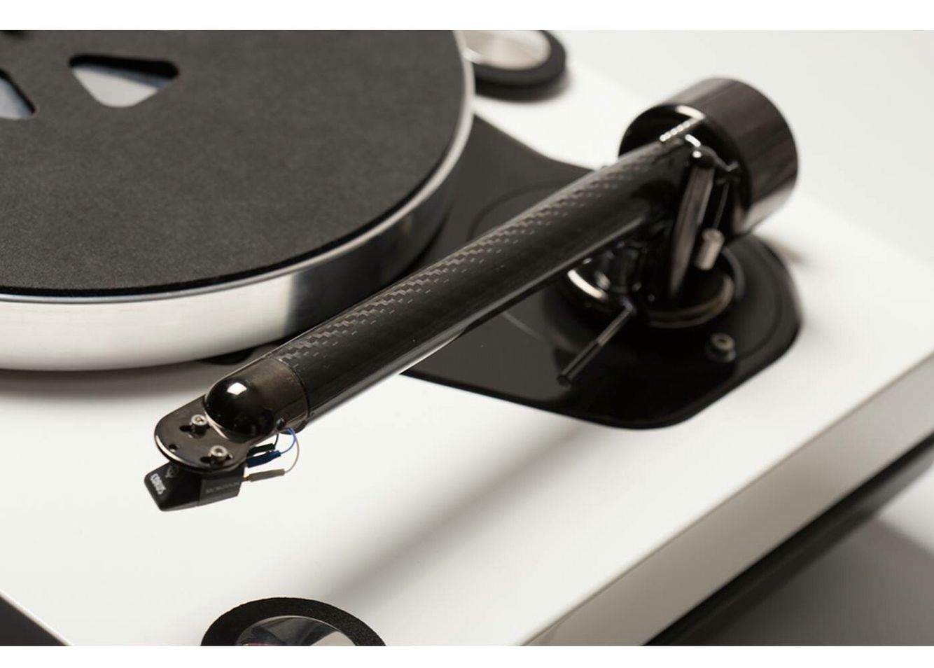 AUDIOPHILE MAN - HIFI REVIEW: Roksan's The Pug Turntable Arm Created