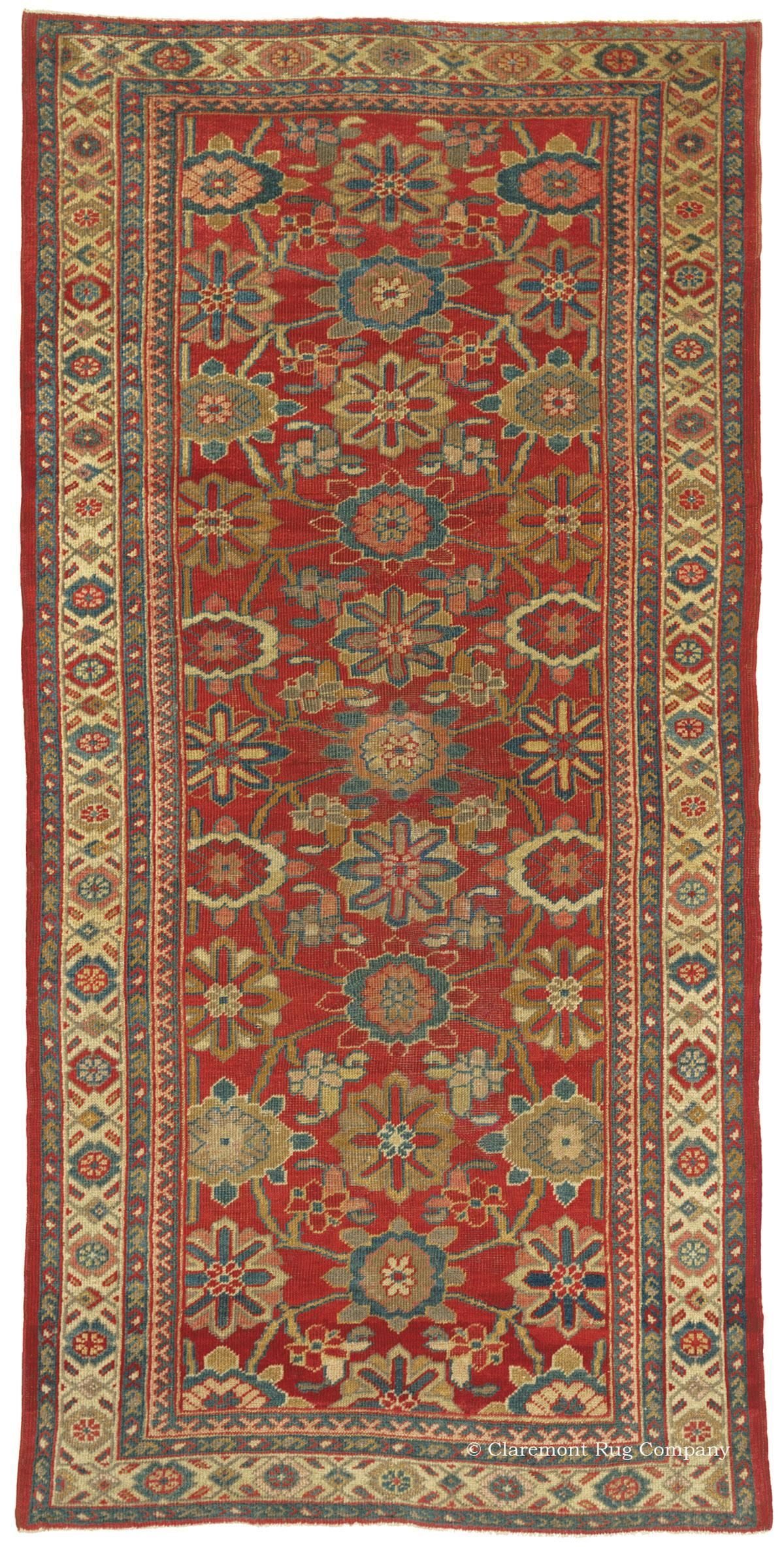 SULTANABAD, West Central Persian 3ft 4in x 6ft 10in Late 19th Century