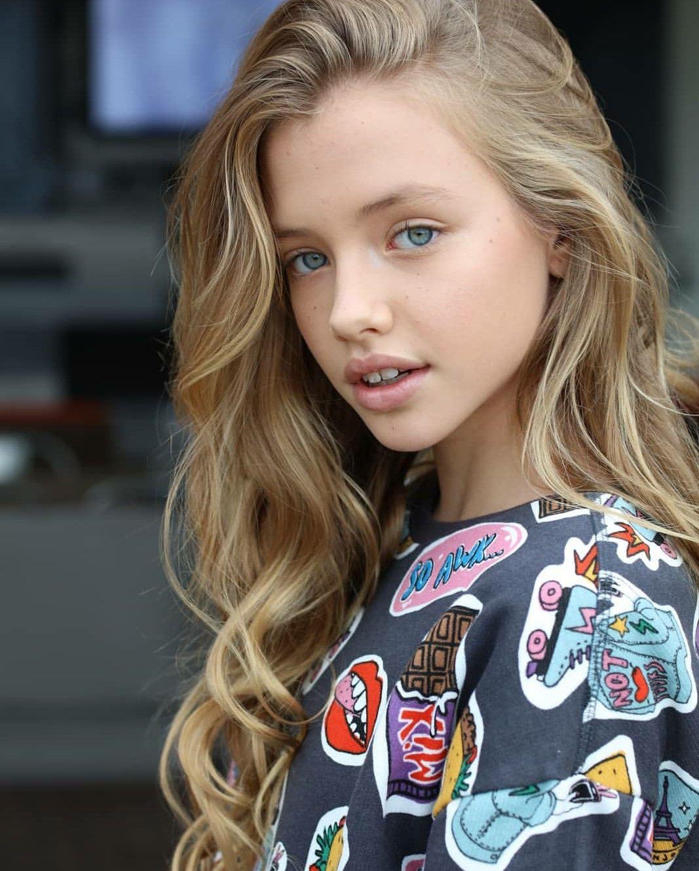Nn Bbs Art Modeling Preteen Models Agency Portfolios