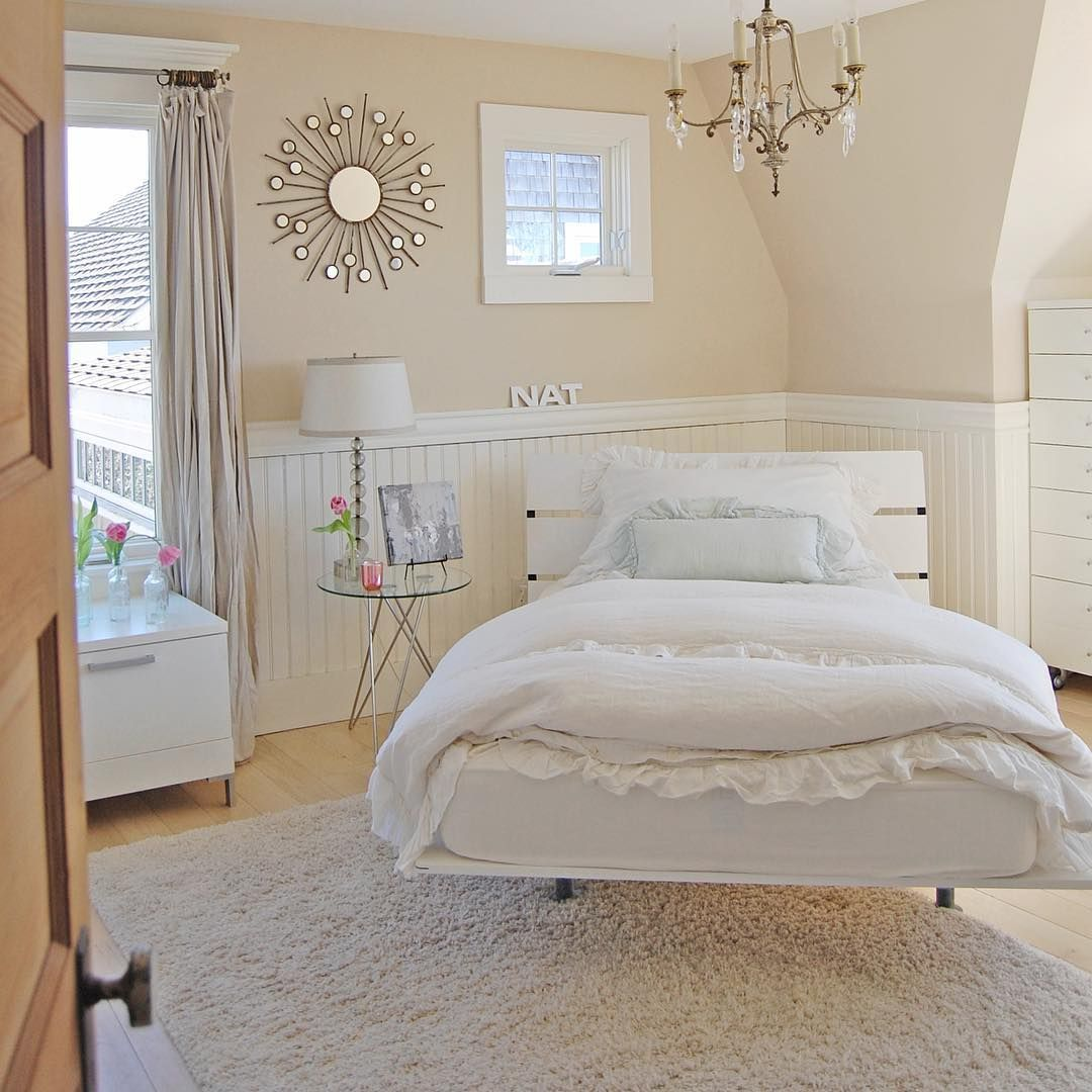 Farrow Ball Joa 39 S White On Walls Pointing On Trim Paint Choices Room Family Room