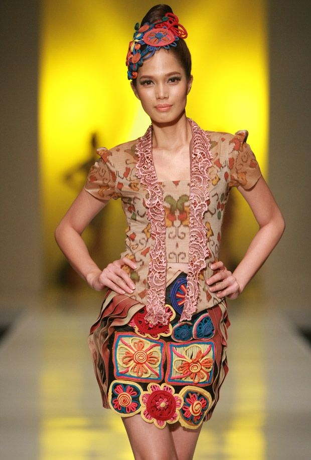 lenny agustin at indonesia fashion week