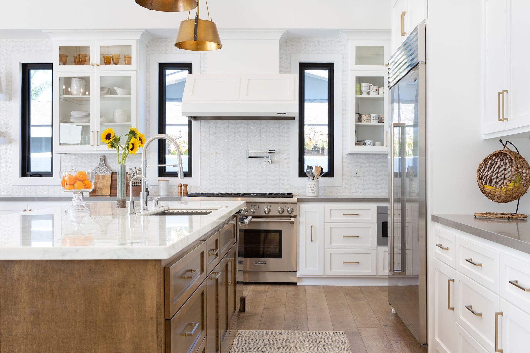 Kitchen Islands Are the Most Popular Feature in Kitchen