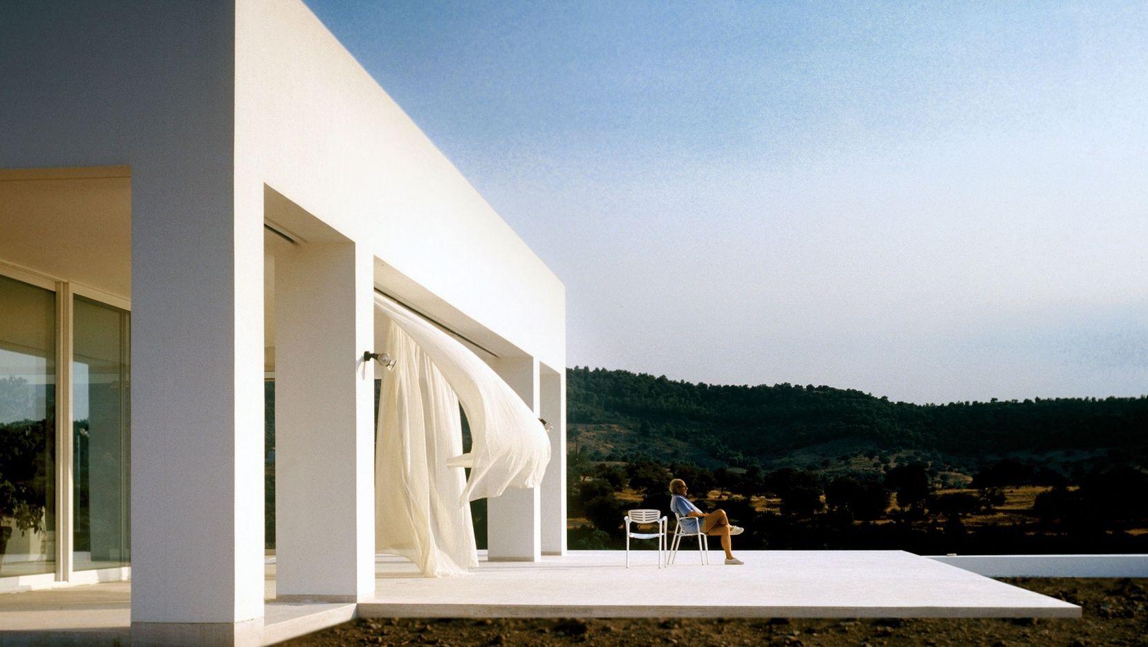 Ladrillo Definitivo acelerador  The Inspirational Designs of Greek Architect Nicos Valsamakis | Yatzer |  Architect, Architecture, Architecture photography buildings