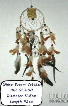 ready stock  WHITE DREAM CATCHER  IDR 55,000 Diameter : 11
