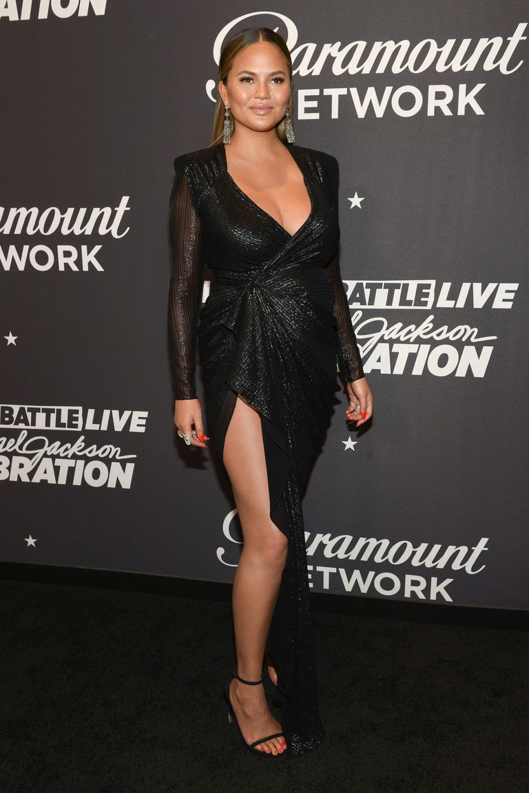 05f3ddd461342 Chrissy Teigen's Best Maternity Style: Charting all the expecting model's best  pregnancy looks