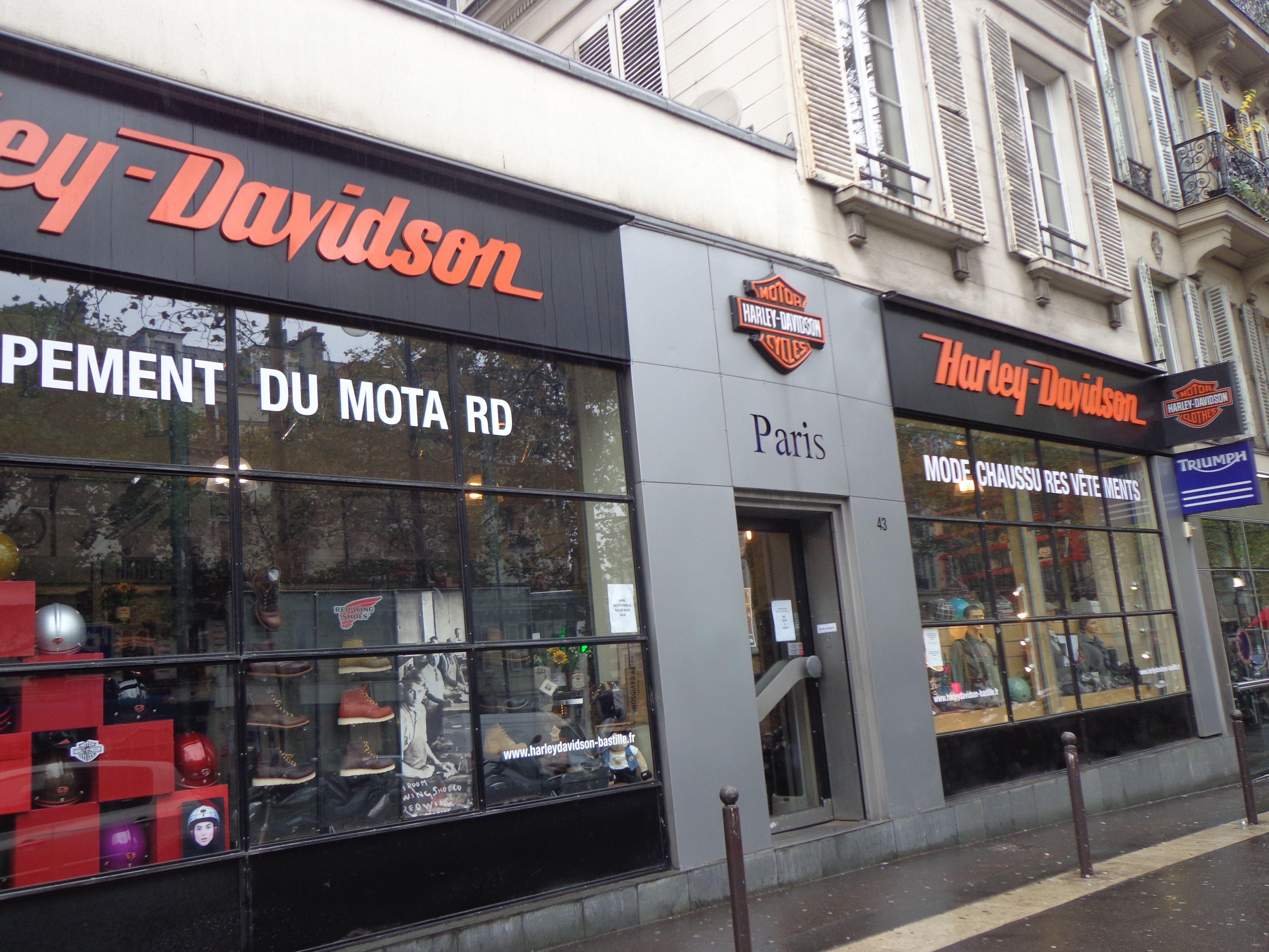 Harley Davidson in Paris