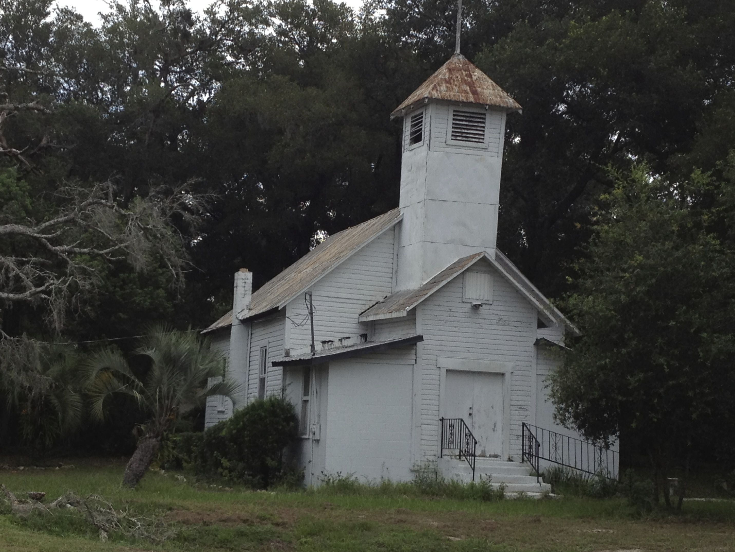 Old church that must be haunted in mt dora fl the haunted pinterest churches - Homes in old churches ...
