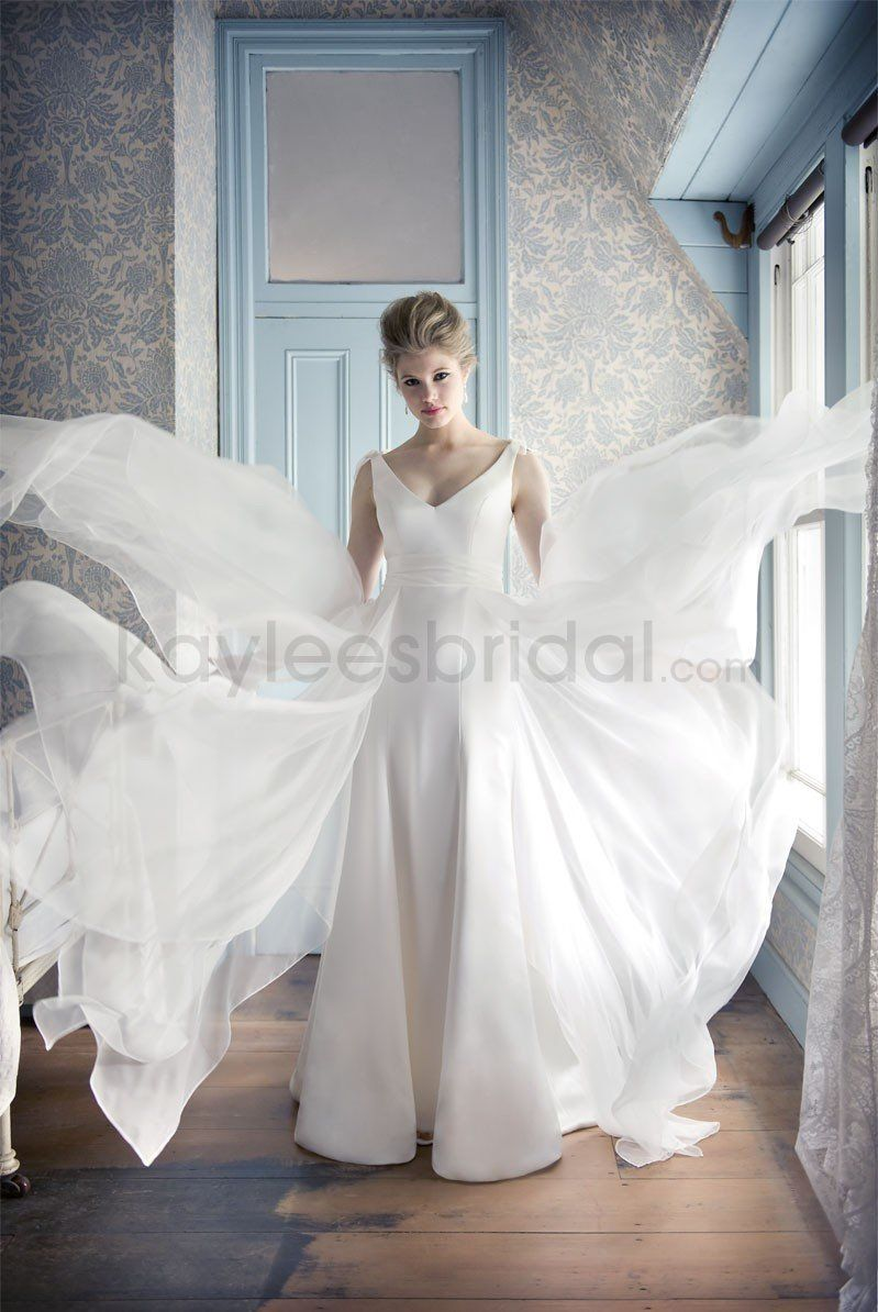 Small wedding dresses  Chiffon Deep VNeckline Small bows Aline Wedding Dress  Charlie