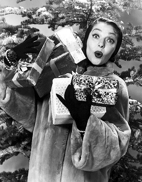 Loretta Young - Vintage Hollywood Christmas | Vintage christmas photos, Vintage  christmas, Retro christmas